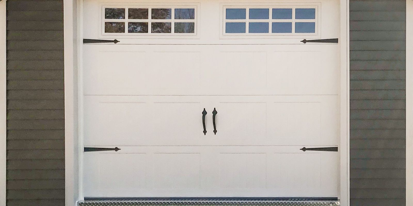 A garage door on a custom shed in Kentucky