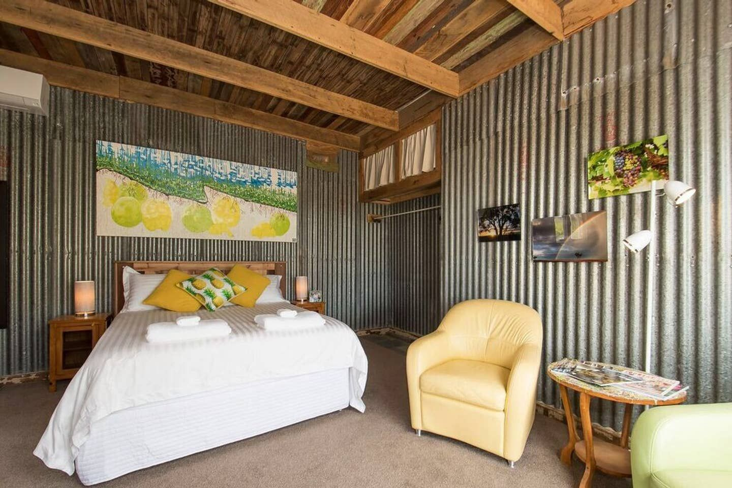 Living in a shed with metal walls