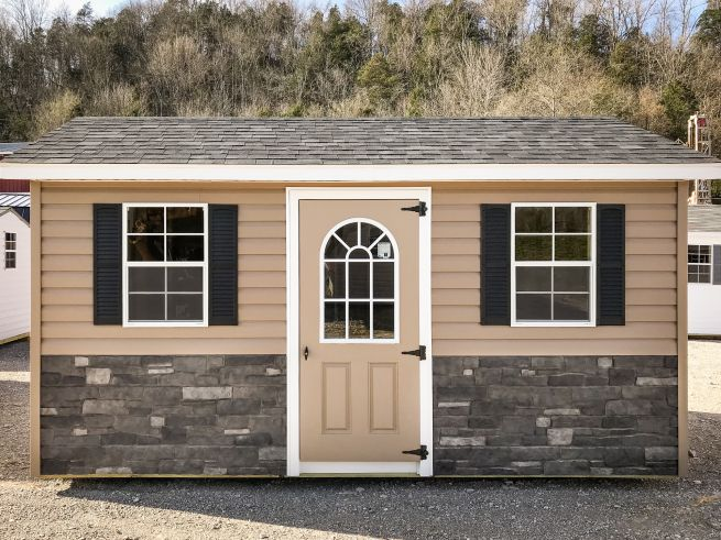 A custom shed for sale in Bowling Green, KY