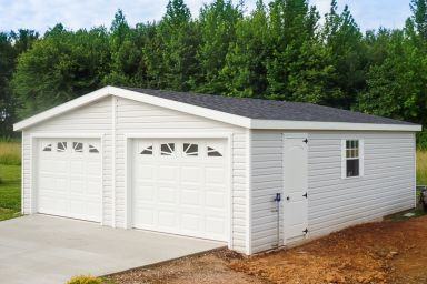 A custom garage in Kentucky with vinyl siding