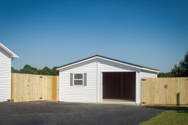 A custom garage built in Tennessee with a front porch
